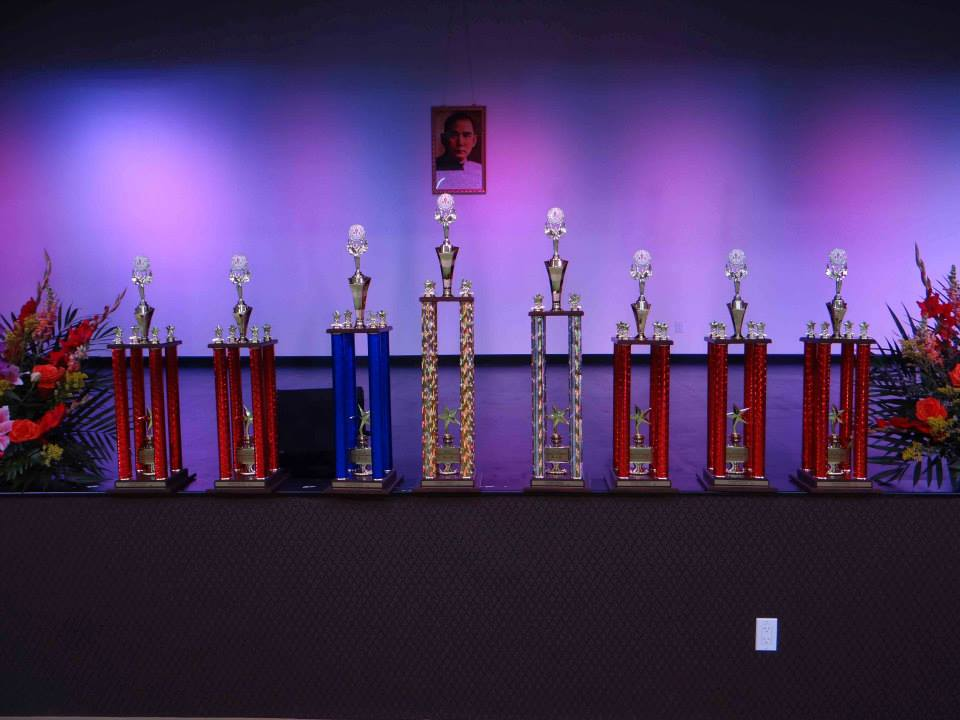 2015華運排舞比賽 第一名: Club La La La 第二名: Fremont Happy Feet 第三名: Uptown Gals 最佳人氣獎:美女與怪獸 最佳創意獎:小蘋果 最佳精神奬:Juipin Dance 最佳動作劃一奬:中華長青聯誼會 最佳服裝造型奬:Coffee Club